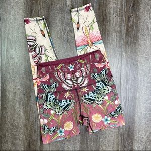 Yoga Democracy Butterfly Leggings Size Small